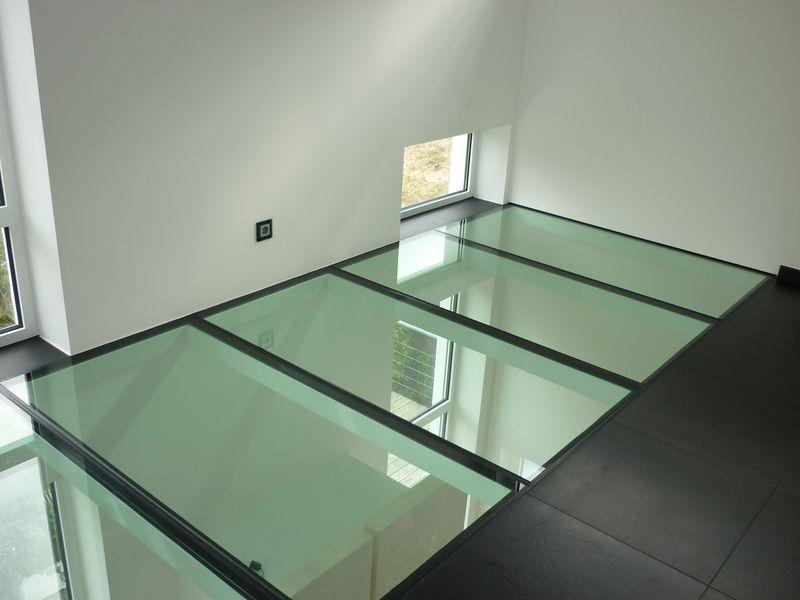 Fußboden Aus Glas ~ Begehbares glas für balkon glas hetterich gmbh