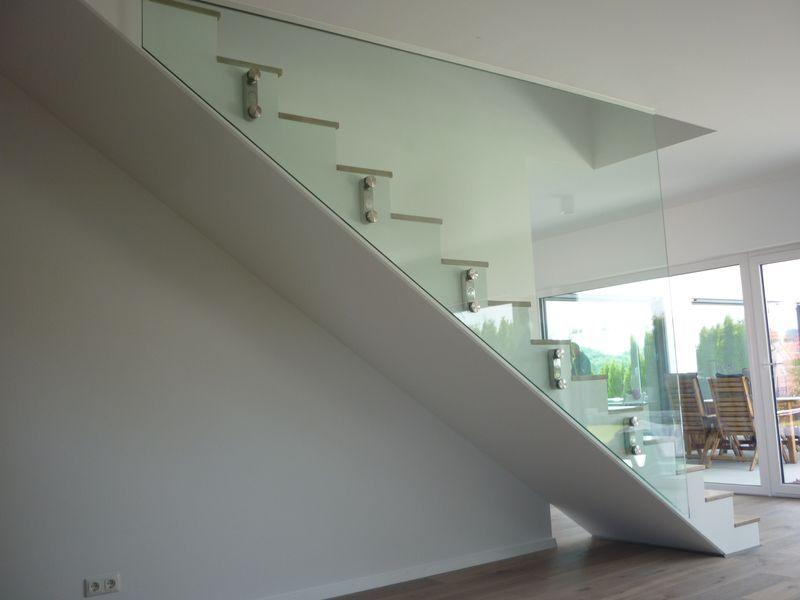 Raumhohe verglasung im treppenhaus als glasgel nder glas hetterich gmbh - Glaswande innen ...